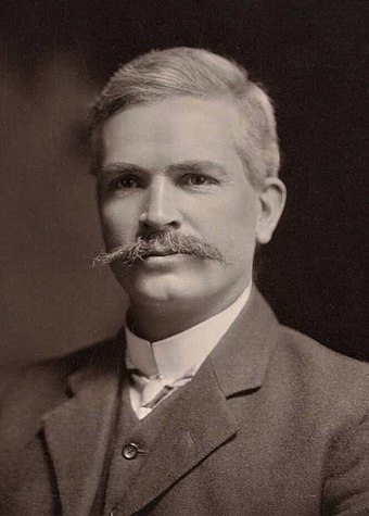 Prime Minister Andrew Fisher, whose government created a commercial bank owned by the government, but not a central bank. Andrewfisher2.JPG