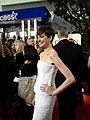 Anne Hathaway @ 2013 Golden Globes (8378776757).jpg