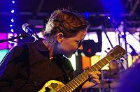 Arone Dyer (Buke) (Buke & Gase) (Haldern Pop Festival 2013) IMGP5948 smial wp.jpg
