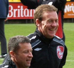 Paul Taylor (referee) - Image: Assistant + Paul Taylor