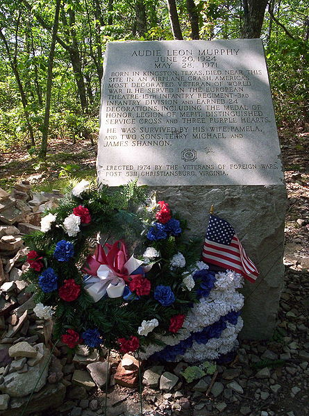 File Audie Murphy Monument Jpg Wikipedia
