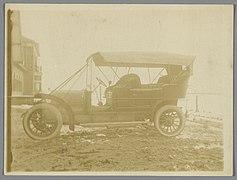 Automobiel in het zand, RP-F-F04398.jpg