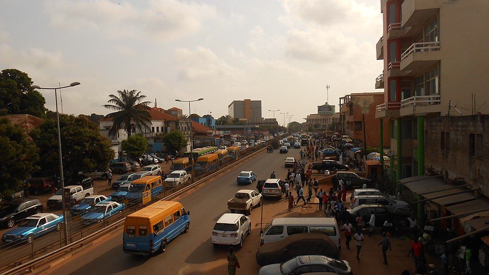 Avenida dos Combatentes da Liberdade da Pátria, Bissau (1)