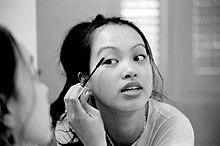 Il make up, una pratica più spesso femminile, diffusa in numerose culture.