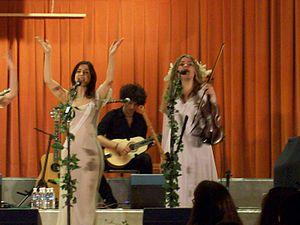 Katharine Blake (singer) - Katharine Blake, right, performing with Mediæval Bæbes.