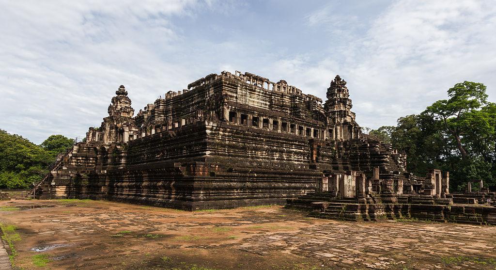 Baphuon, Angkor Thom, Camboya, 2013-08-16, DD 13.jpg