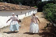 Filhas-de-santo do Terreiro Ilê Axé Opô Afonjá na Bahia.