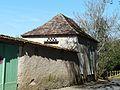 Beaumont-du-Périgord rue Tour de Bannes pigeonnier.JPG