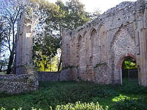 Beeston Regis - The ruins of St Mary's Priory, Beeston Regis