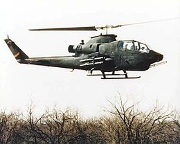 Bell AH-1 Cobra in flight.jpg