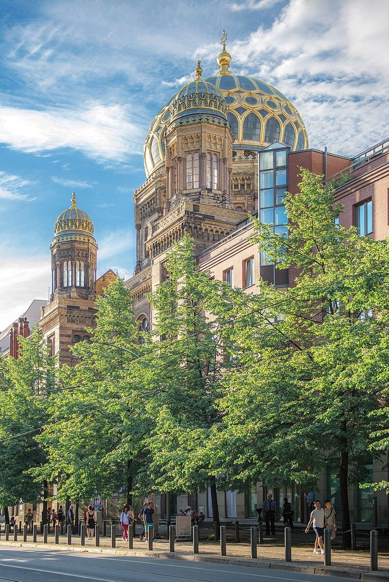 Berlin - Die Neue Synagoge.jpg