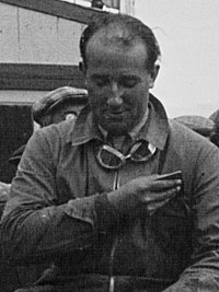 Bernard Rubin at the 1928 24 Hours of Le Mans (cropped).jpg