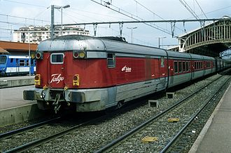 Catalan Talgo - Talgo III RD set in Perpignan, 2003