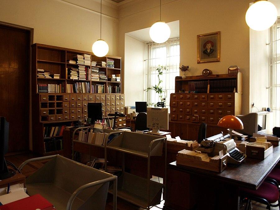 Kórnik Library