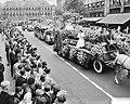 Bloemencorso Den Haag. Bloemenkoningin, Bestanddeelnr 905-2605.jpg