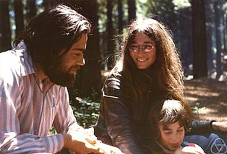Manuel Blum - Manuel Blum (left) with his wife Lenore Blum and their son Avrim Blum, 1973