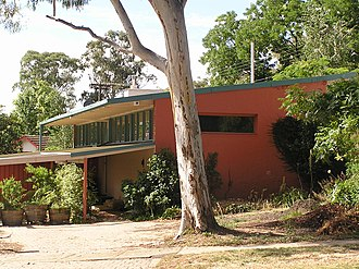 Robin Boyd (architect) - Image: Boyd House 4Bedford St Deakin