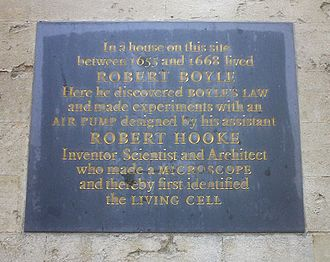 University College, Oxford - A plaque dedicated to Boyle and Hooke telling of their achievements