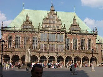 Bremen City Hall - City hall from the market place, Roland in side view