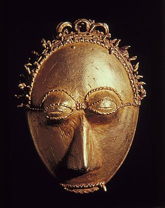 Baoulé people - Pendant mask, Brooklyn Museum