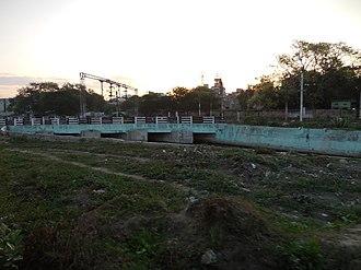 Chennai Central railway station - The bridge across the Buckingham Canal