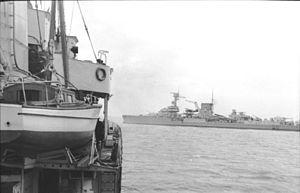 German cruiser Leipzig - Leipzig in the Kaiser Wilhelm Canal in 1939