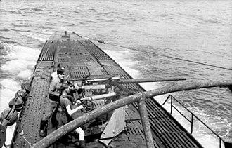 German submarine U-103 (1940) - Image: Bundesarchiv Bild 101II MW 3930 23A, U Boot U 103 in See