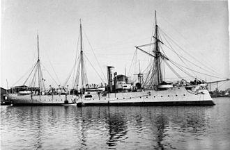 """Bussard-class cruiser - Image: Bundesarchiv Bild 134 C0105, SMS """"Geier"""", Kleiner Kreuzer"""