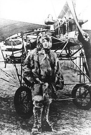 Amelie Beese - Beese in front of an early aircraft