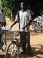 COSV - Sud Sudan 2004 - Sanità biciclette uomini (1).jpg