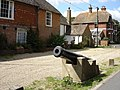 Cannon on New Hall Close, Dymchurch - geograph.org.uk - 934030.jpg