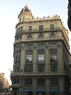 Casa Heribert Salas, Via Laietana 47.jpg