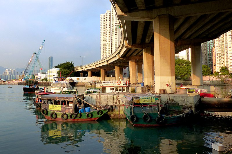 File:Causeway Bay Typhoon Shelter (16013769556).jpg