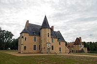 Château de Dehault - Façade principale.jpg
