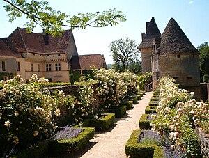 Château de Losse - Image: Chateau et Jardins de Losse Montignac Lascaux Périgord Dordogne
