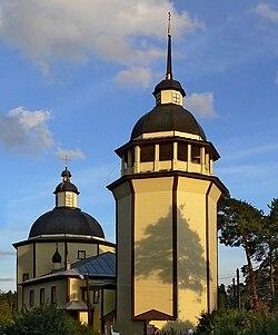 Church of the Resurrection in Vazhiny.jpg
