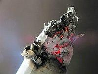 Пепел сигарет