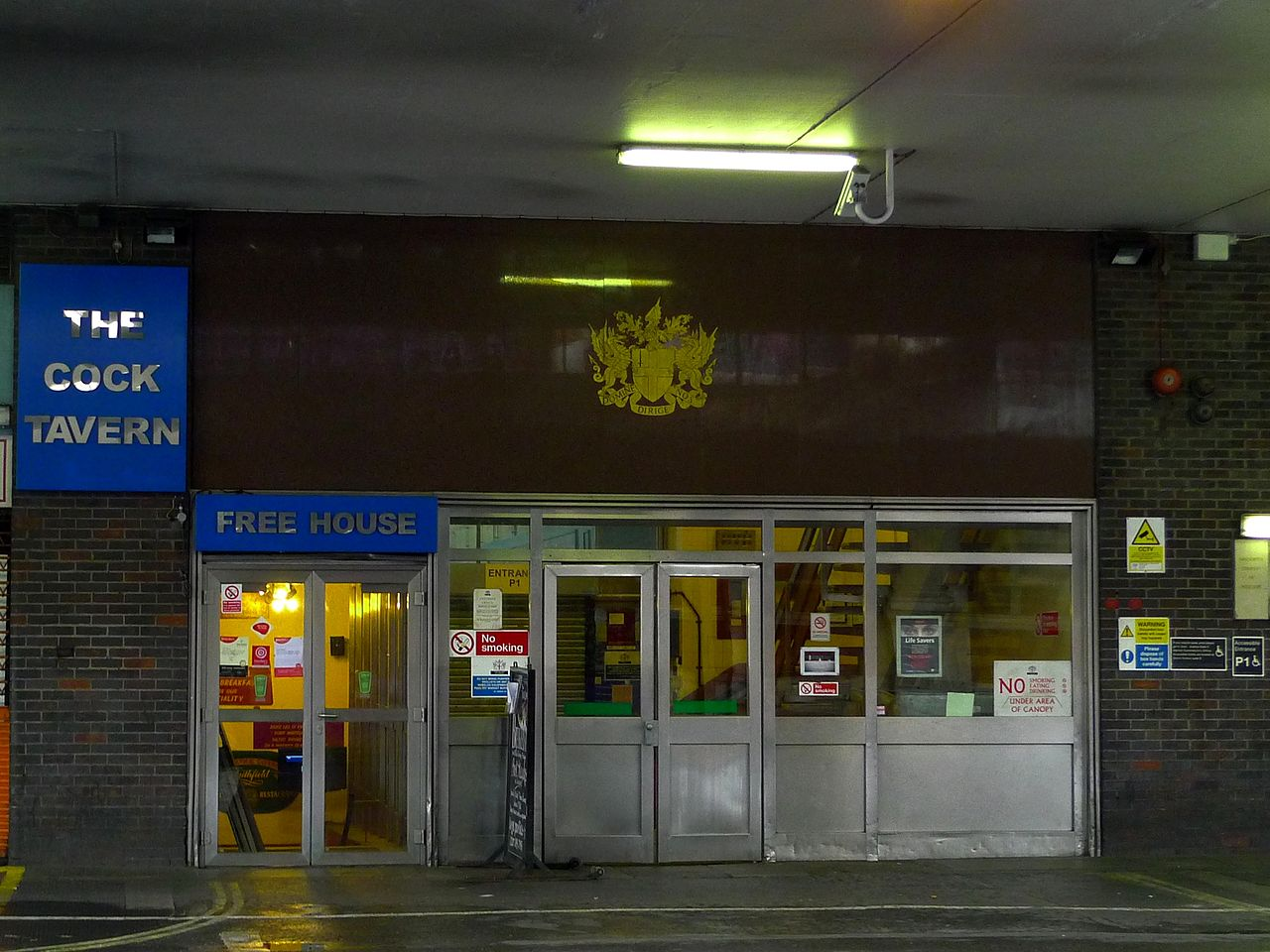 file cock tavern smithfield ec1 3778332349     wikipedia