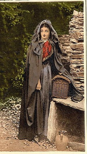 Kinsale cloak - Image from an old postcard showing a woman wearing a Kinsale Cloak