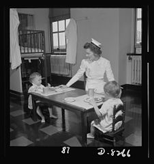 Convalescent children in a hospital 8b07881v.jpg