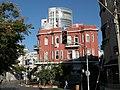 Corner of Gruzenberg and Nahalat Benyamin st. Tel Aviv - panoramio.jpg