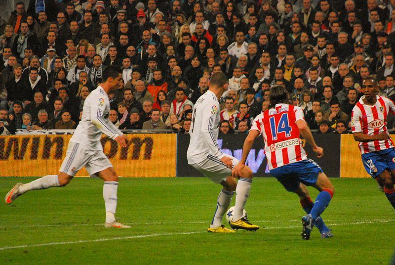 File:Cristiano y Benzema (5353778425).jpg
