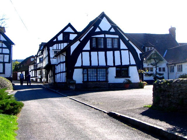 Cruck Building, Weobley, Herefordshire - geograph.org.uk - 12580