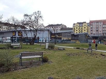 How to get to Teleki László Tér with public transit - About the place