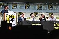 Dave Karger, Oliver Stone, Joseph Gordon-Levitt, Shailene Woodley & Zachary Quinto (28247842350).jpg