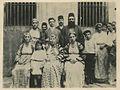 David Altchek (second from right, back row) with neighbors-the Kovo family (3534314886).jpg