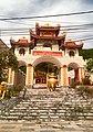 Den tho Duc thanh tran, duong Halong,tp Vungtau, Bariavungtau, vn - panoramio.jpg