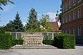 Denkmal an die gefallenen Lehrer (DSC02384).jpg