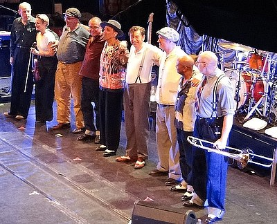 Picture of a band or musician: Dexys Midnight Runners