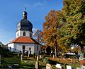 Die St. Michael Kapelle in Bad Mergentheim im Herbst.jpg